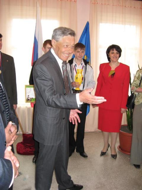 Губернатор Челябинской области - Петр Иванович Сумин