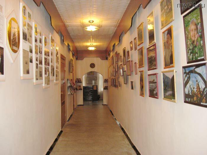 Фотовыставка в рамках проекта Об Урале-с любовью также представлена в краеведческом музее