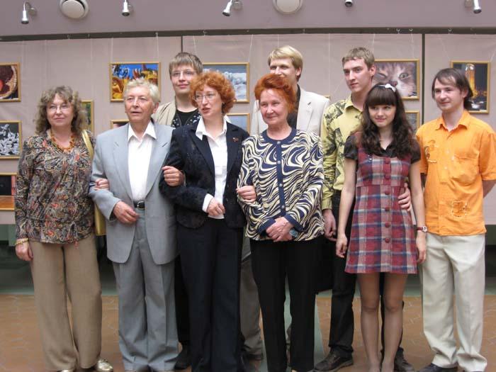 Семья Евгении - вот они какие дружные и талантливые!
