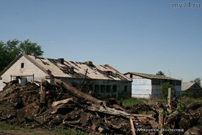 Разрушенная общественная баня в Спасском сельском поселении