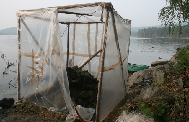Как устроить баню на реке