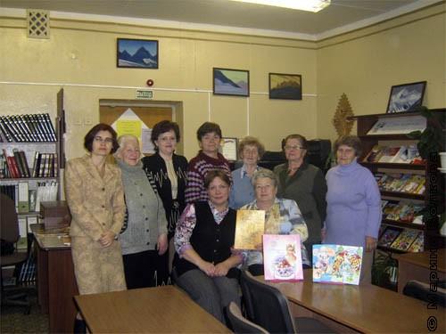 Мамы и бабушки в детской библиотеке