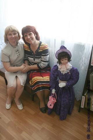 Марина Укосуева и Нина Пикулева с тургеневской барышней