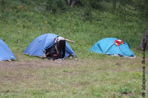 В этих палатках живут дети