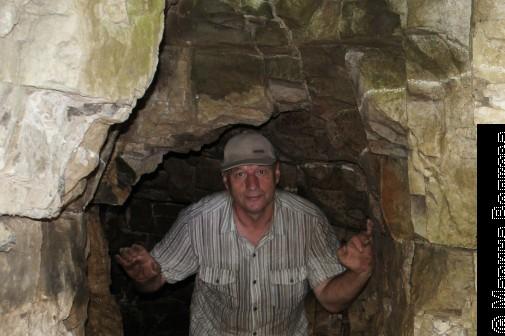 Анатолий Баскаков в пещере СТПК