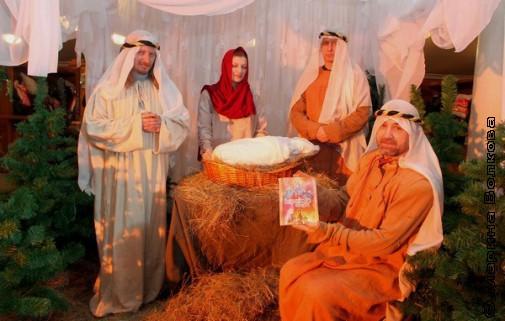 Рождение Христа. Композиция в холле Оперного театра