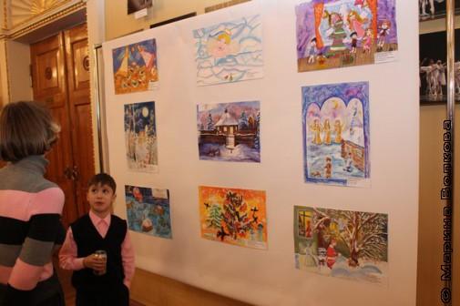 Выставка рождественских рисунков