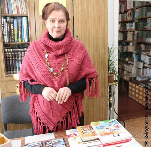 Ольга Ивановна Малякина, школьный библиотекарь
