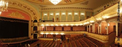 Оперный театр к Рождеству готов