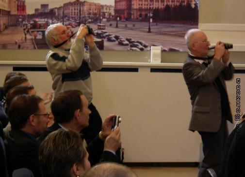 Писатели-фотографы: В.Феркель, В.Курбатов, А.Белозёрцев