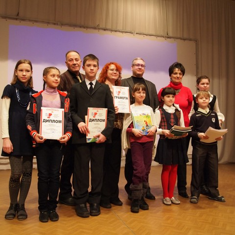 """Лауреаты """"Алых парусов"""" и писатели. Фото В.Н.Курбатова"""