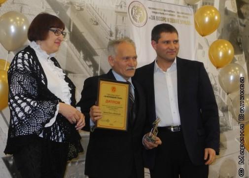 В центре - Павел Хрипко, шорт-лист премии