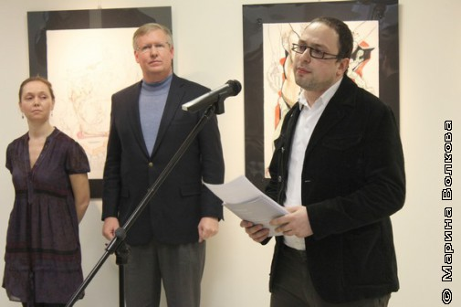 Борис Салахов, арт-директор галереи, говорил, по сути, о покаянии