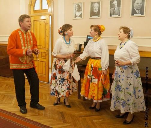 Гостей презентации встречали казаки