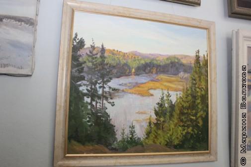 К круглому столу в Фонде подготовили небольшую выставку картин о Нязепетровских местах