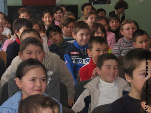 Дети слушают стихи К.Рубинского. 2007-ой