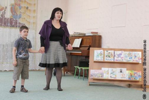 Исценировка стихотворения вместе с мамой