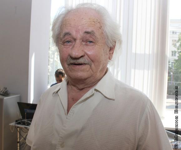 Анатолий Васильевич Гилёв