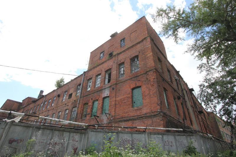 Льночесально-прядильная фабрика