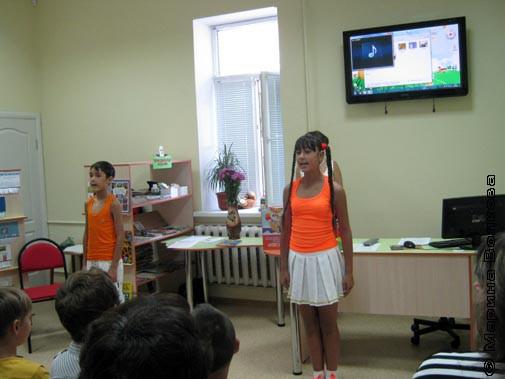 Выступление юных артистов