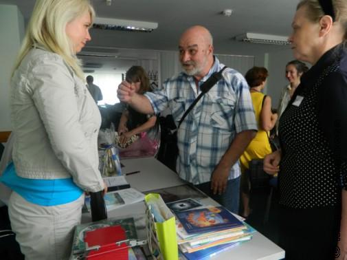 Лада Баумгартен и участники съезда