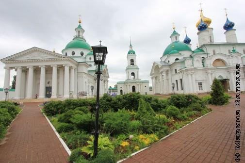 Спаско-Яковлевский монастырь
