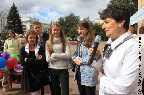 Ирина Аргутина читает стихи