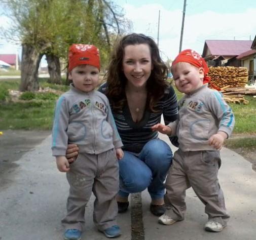 Анечка Молчанова с младшими сыновьями