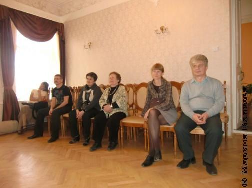 Слушаем пение и музыку Лены Попляновой