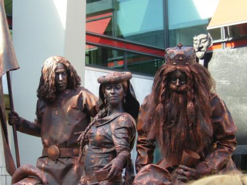 фестиваль живых статуй