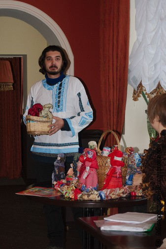 Кукольная гостиная «Дивия»