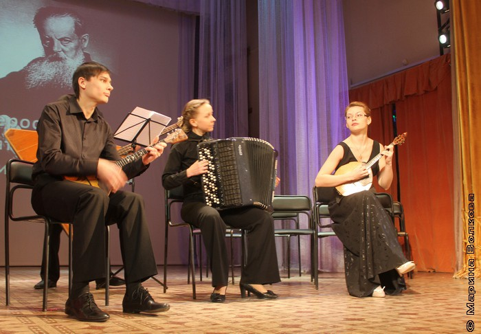 Квартет народных инструментов «Кудесы»