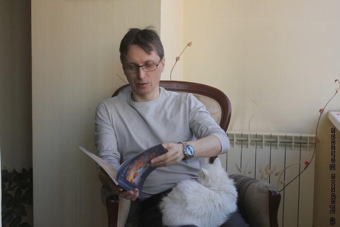 Михаил Придворов в клипе для Голландии