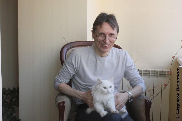 Михаил Придворов и кошка Дуся к Мяу-эстафете готовы!