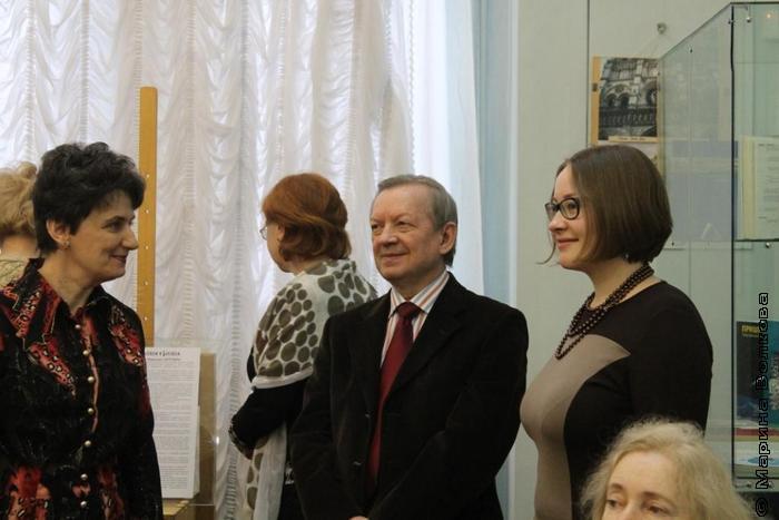 Зав.кафедрой искусствоведения и культурологии Н.П.Парфеньтев