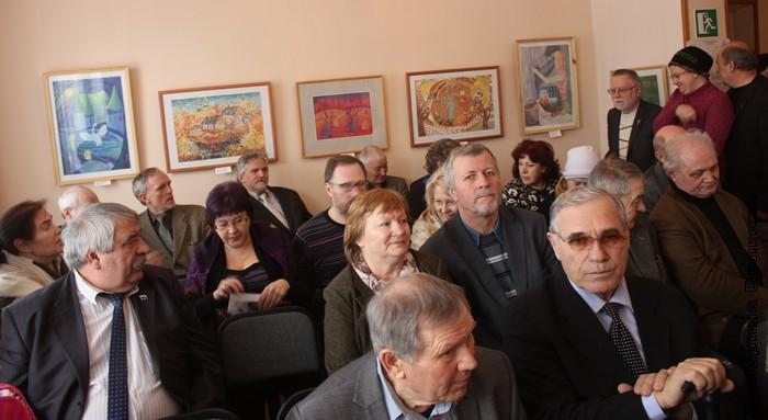 Перед встречей в Тарском художественном музее
