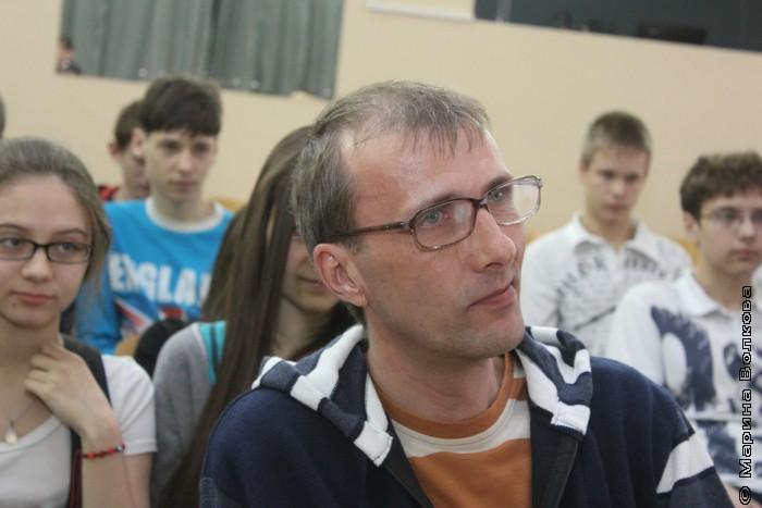 Янис Грантс слушает Римму Аглиуллину