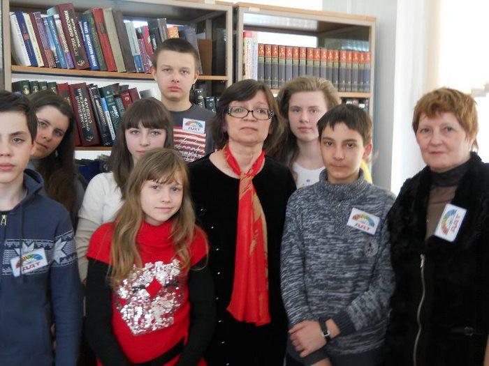 Красноярск Со школьной студией из Дивногорска