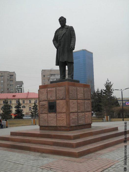 Памятник Астафьеву