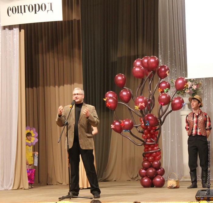 Константин Рубинский, председатель жюри конкурса, поздравляет всех с великим делом