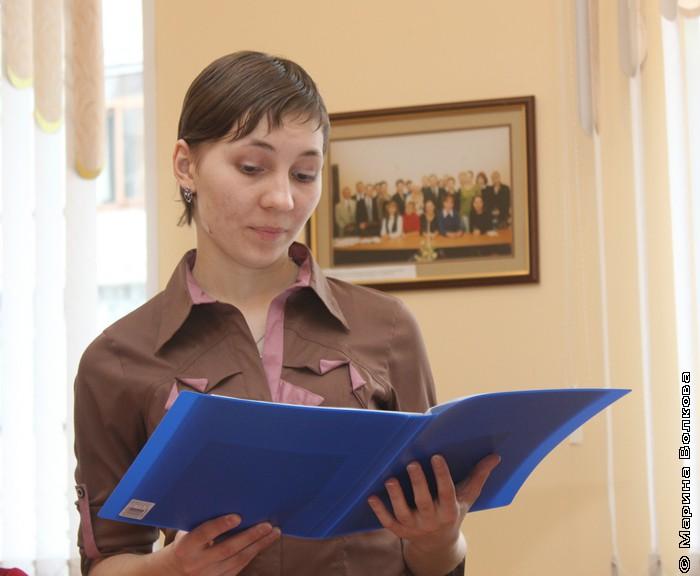 Анастасия Киреева и её дипломной работой – фрагментом киносценария «Возвращаясь к себе».