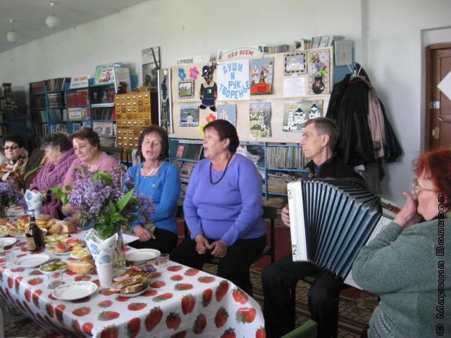 Творческий вечер Алины Ивановны Хомутинниковой в Октябрьском