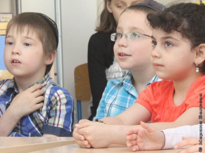 Читательский марафон в еврейском детском саду Тольяти