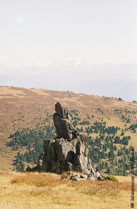 Алтай. Теректинский хребет. Менгир-останец