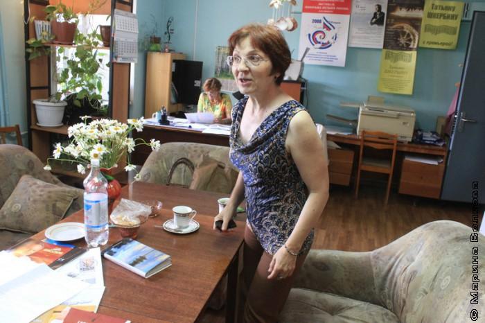 Елена Поплянова в офисе Союза композиторов, Челябинск
