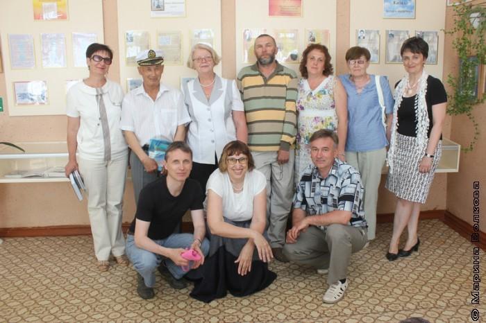 встреча с читателями в  библиотеке Кизильского