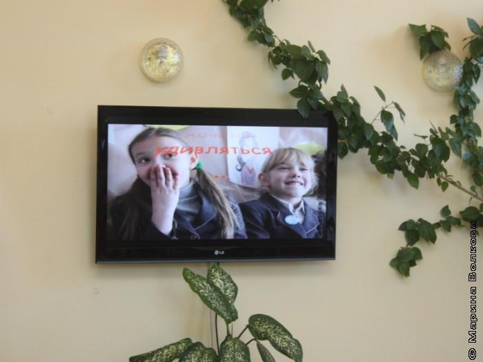 В Магнитогорске нас встречают фотографии детей из Копейска и Верхнего Уфалея