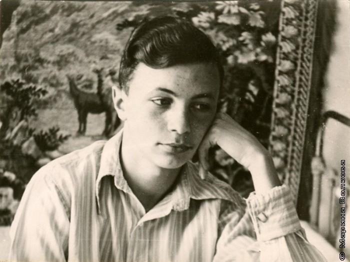 Студент Сергей  Борисов