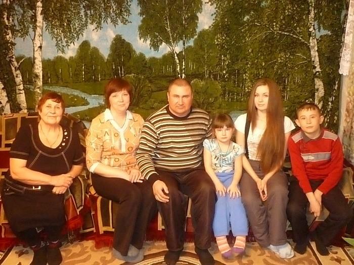 С семьей сына Василия