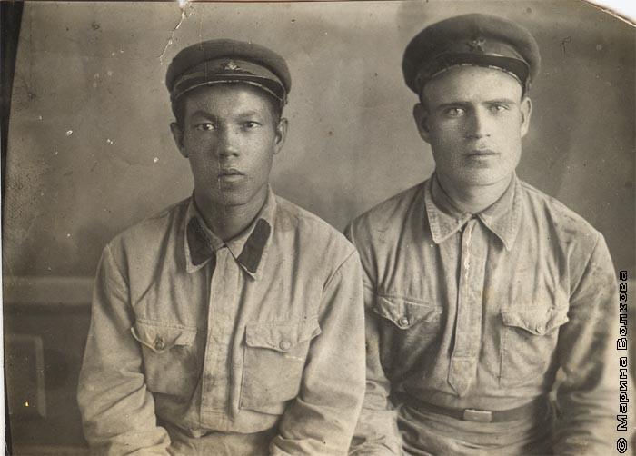 Тингаев Александр Васильевич с другом